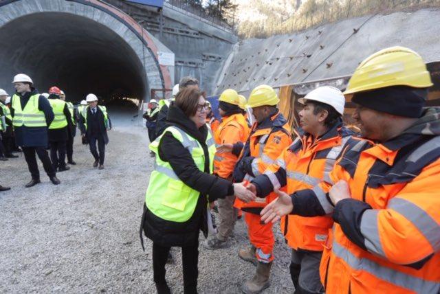 """GALERIE FOTO Adina Vălean la Tunelul Brenner. """"Trebuie să mutăm transportul de marfă pe calea ferată"""""""